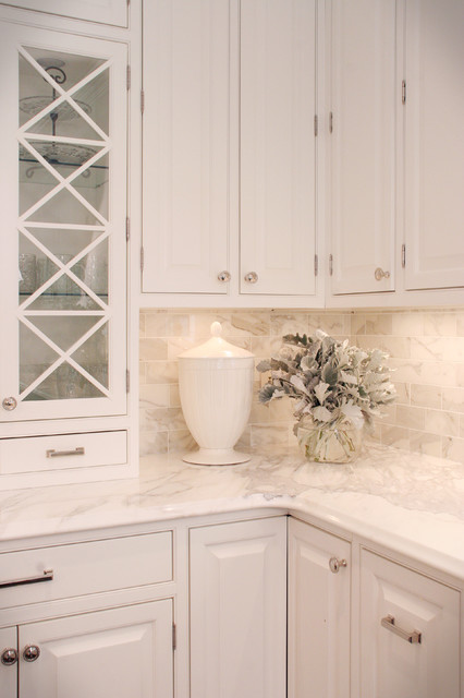 Calcutta Gold Marble Backsplash Kitchens