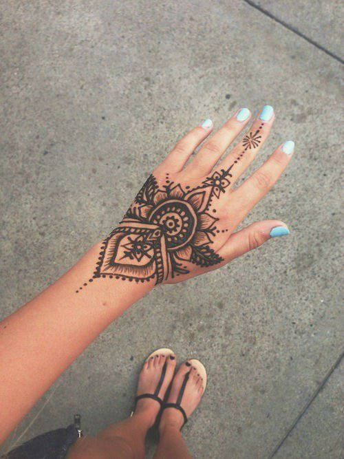 Henna tattoo ideas with images 1