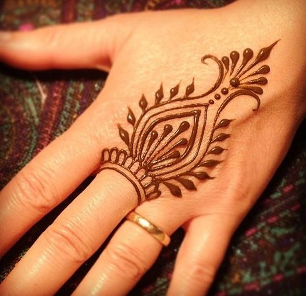 Henna tattoo ideas with images 12
