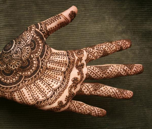 Henna tattoo ideas with images 13