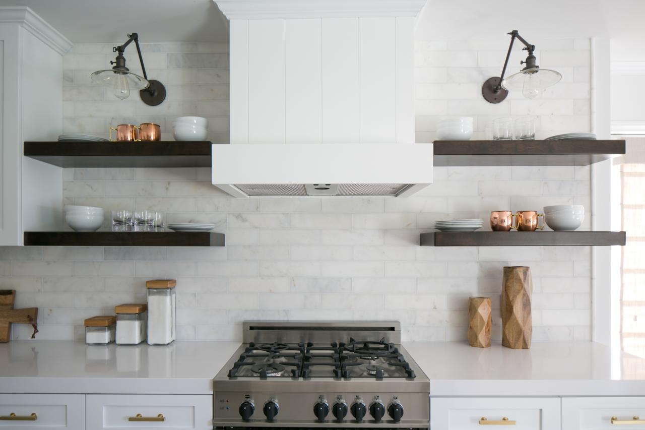 New White Kitchen Shelves
