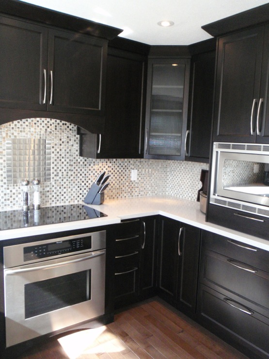 Quartz Countertops White Cabinets with Light