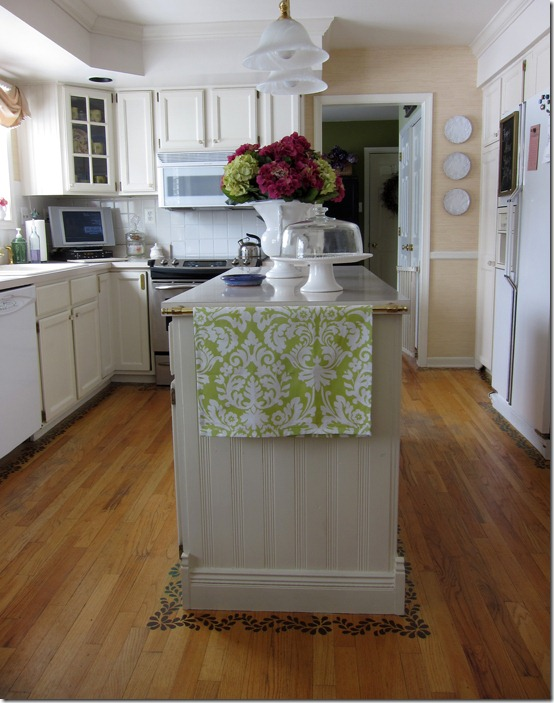 Sherwin-Williams Antique White Kitchen Cabinets