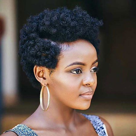 Short hairstyles for black women 15
