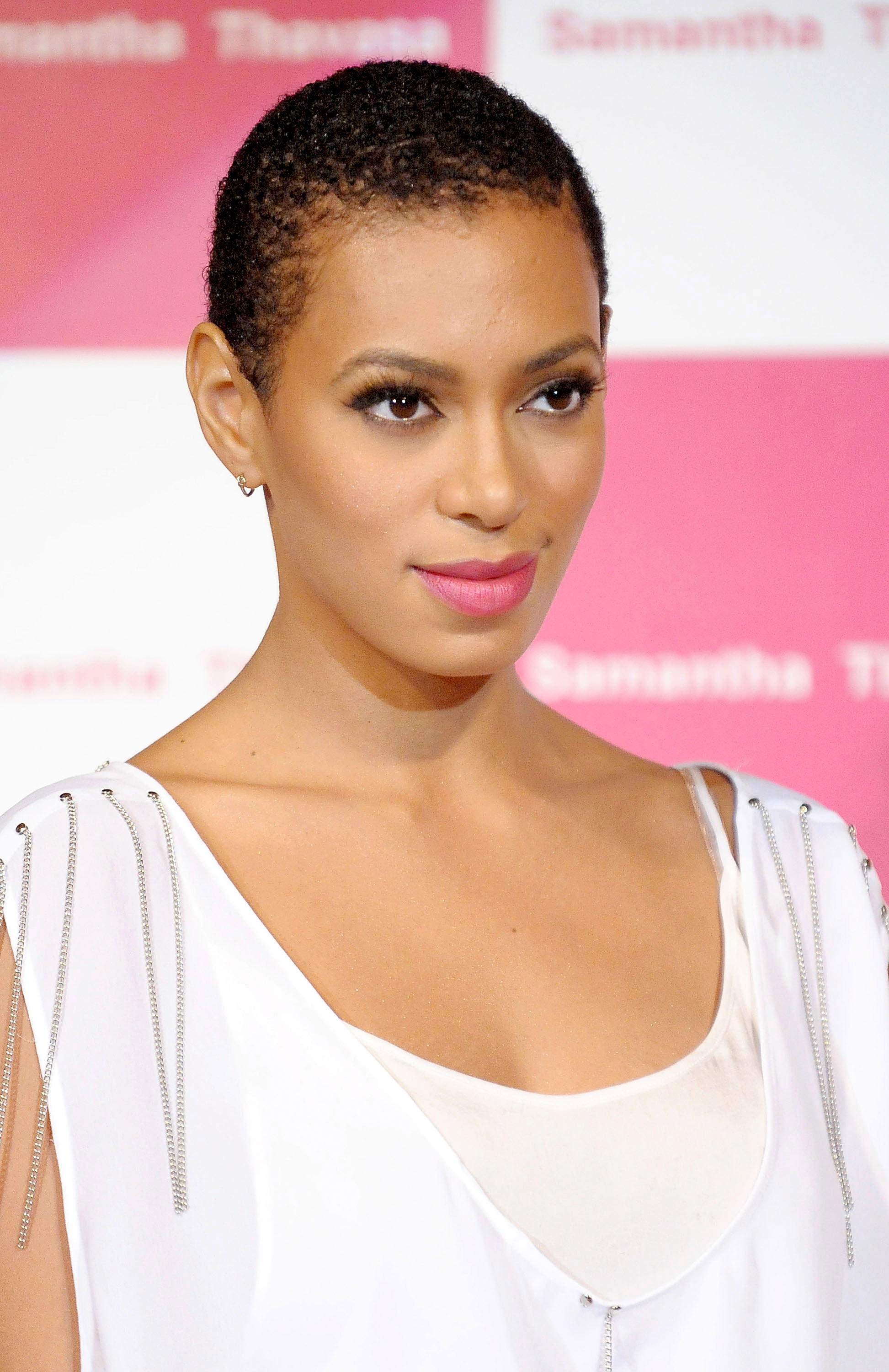 Short hairstyles for black women 9