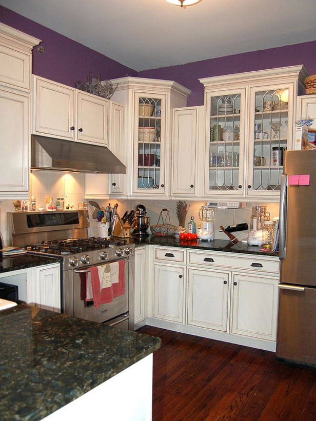 Small Kitchen Colors With White Cabinets. Small Kitchen Design Ideas
