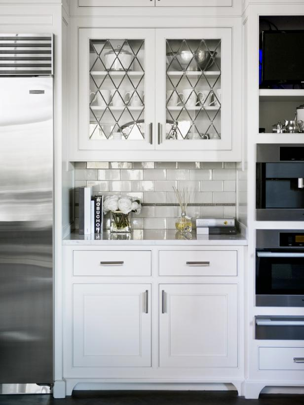 White Kitchen Cabinets Doors Glass Laminate Backwall Silver Refrigerator