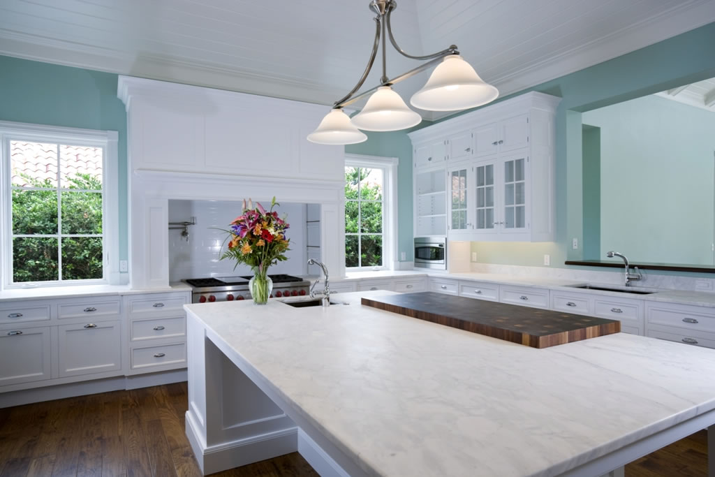 White Kitchen Quartzv Feture