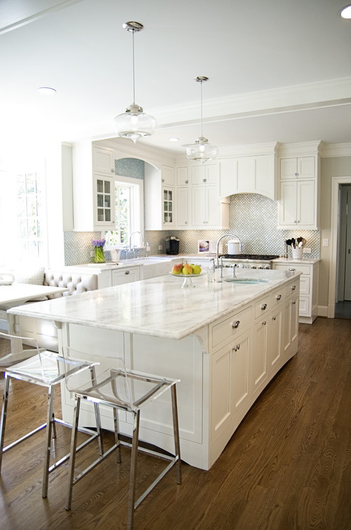 White Quartzite Kitchen Counters