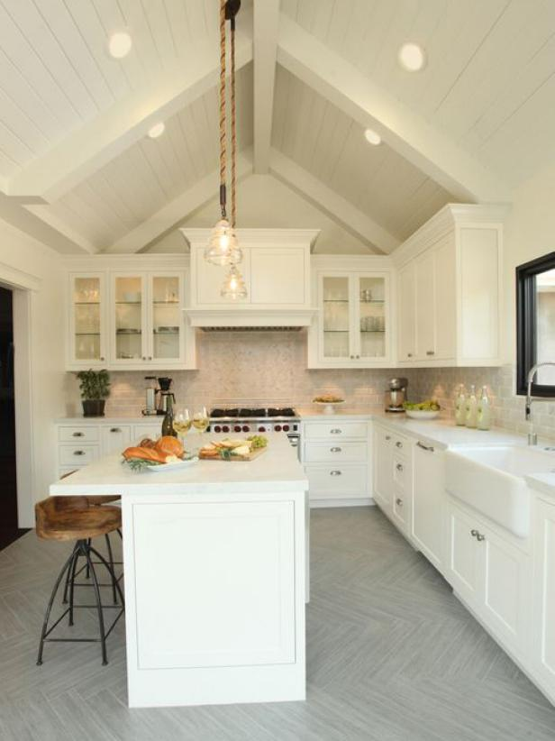 Cottage Vaulted Ceiling Kitchen