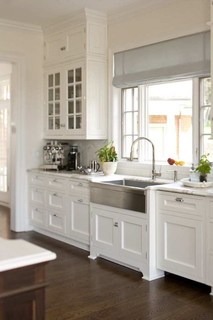 Farmhouse Sink White Kitchen Cabinets