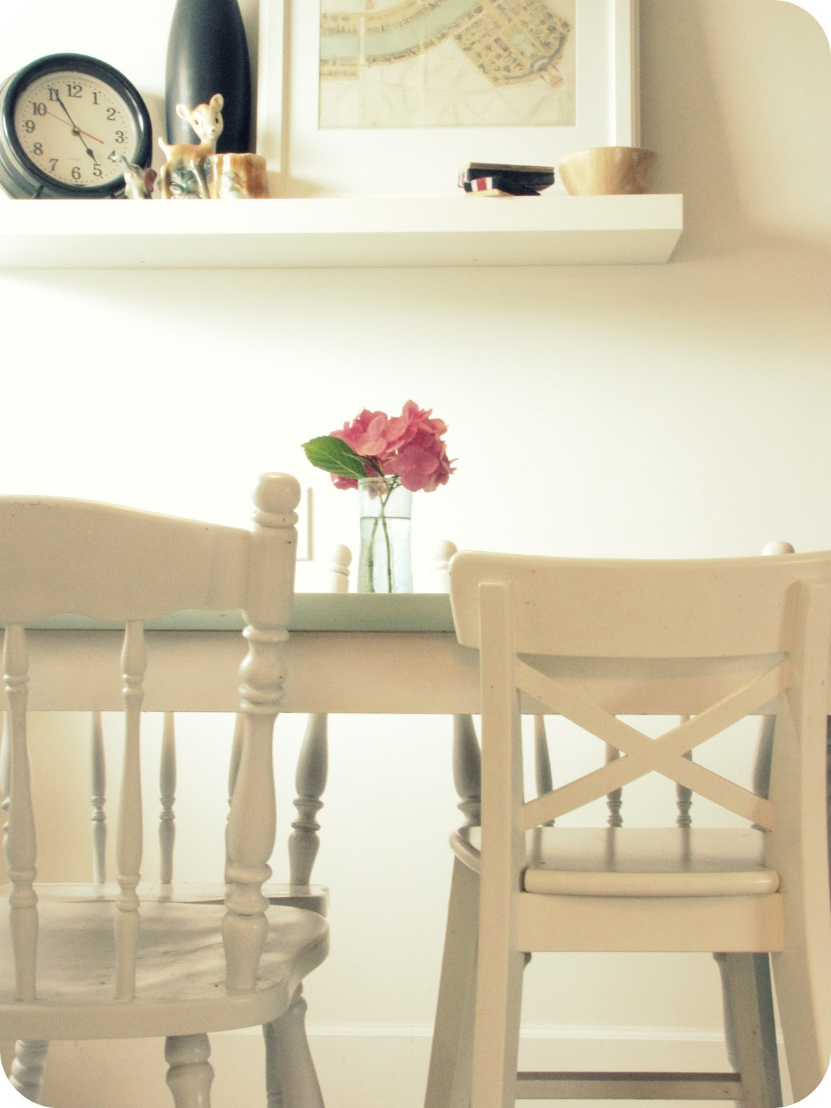 Off White Kitchen Table and Chairs