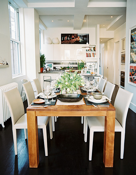 White Wood Kitchen Table with Chairs
