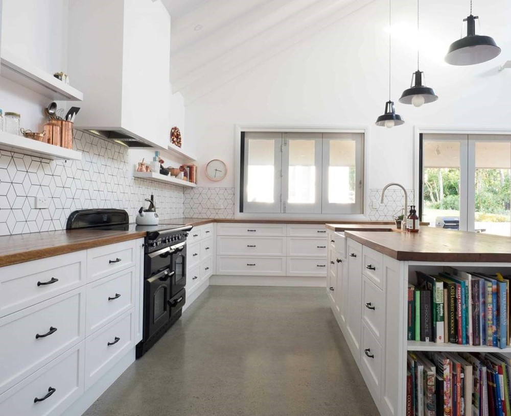 White kitchen timber 7