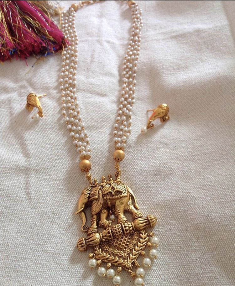 Amazing necklaces to attract this season 14