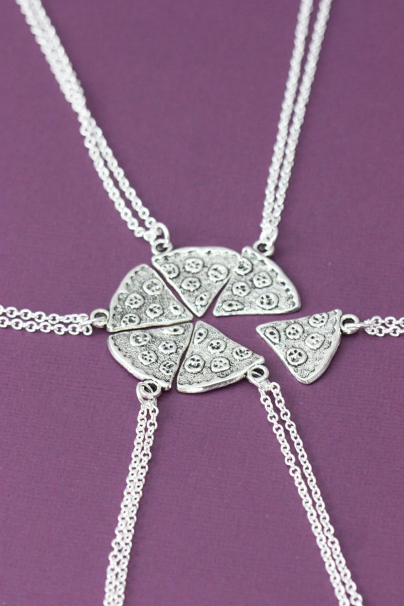 Amazing necklaces to attract this season 21