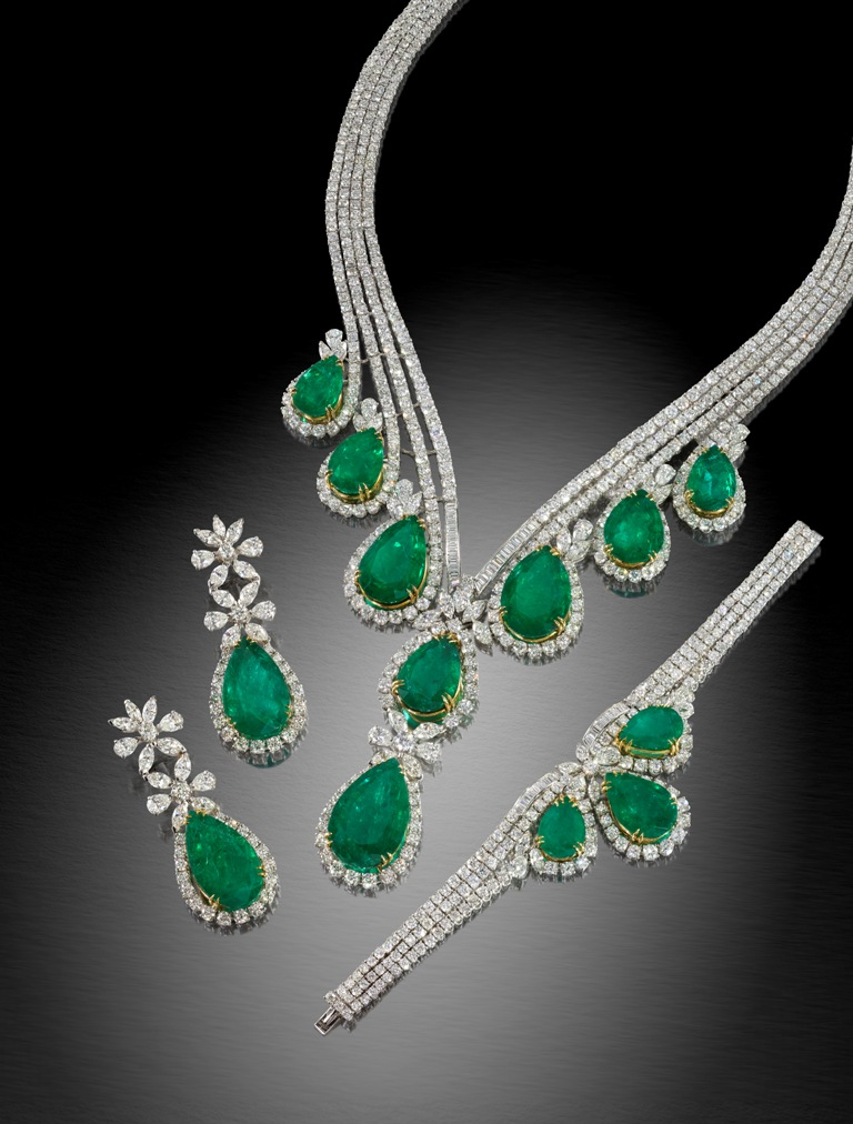 Amazing necklaces to attract this season 40