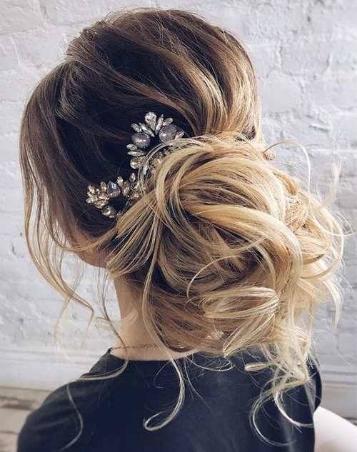 Beautiful Wedding updos for 2018 11