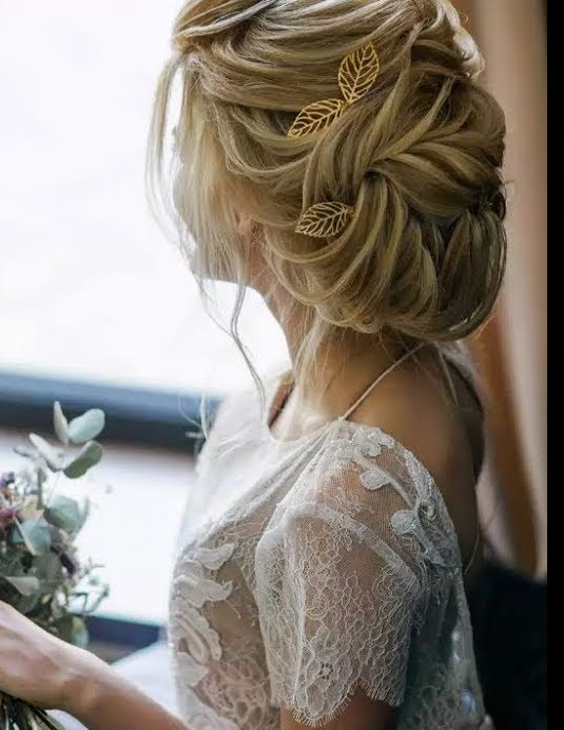 Beautiful Wedding updos for 2018 12