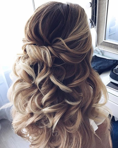 Beautiful Wedding updos for 2018 33