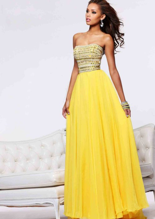 Beautiful yellow dresses this season 1