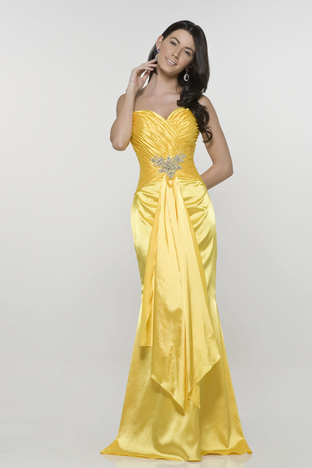 Beautiful yellow dresses this season 2
