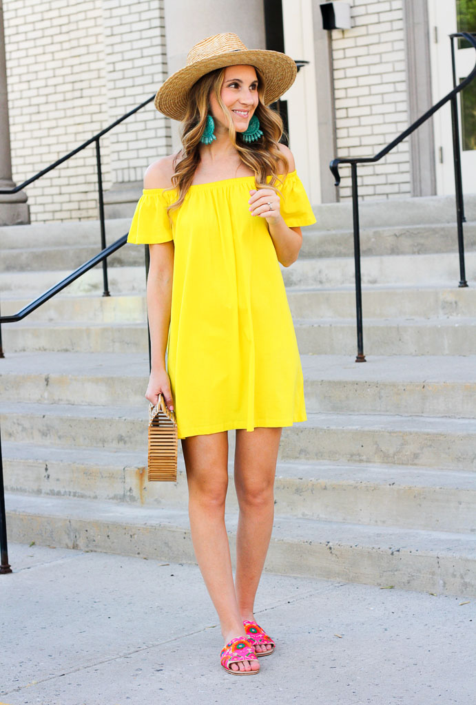 Beautiful yellow dresses this season 24