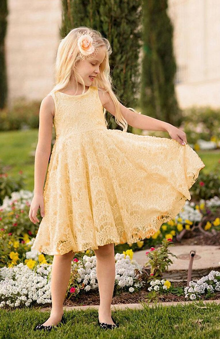 Beautiful yellow dresses this season 25