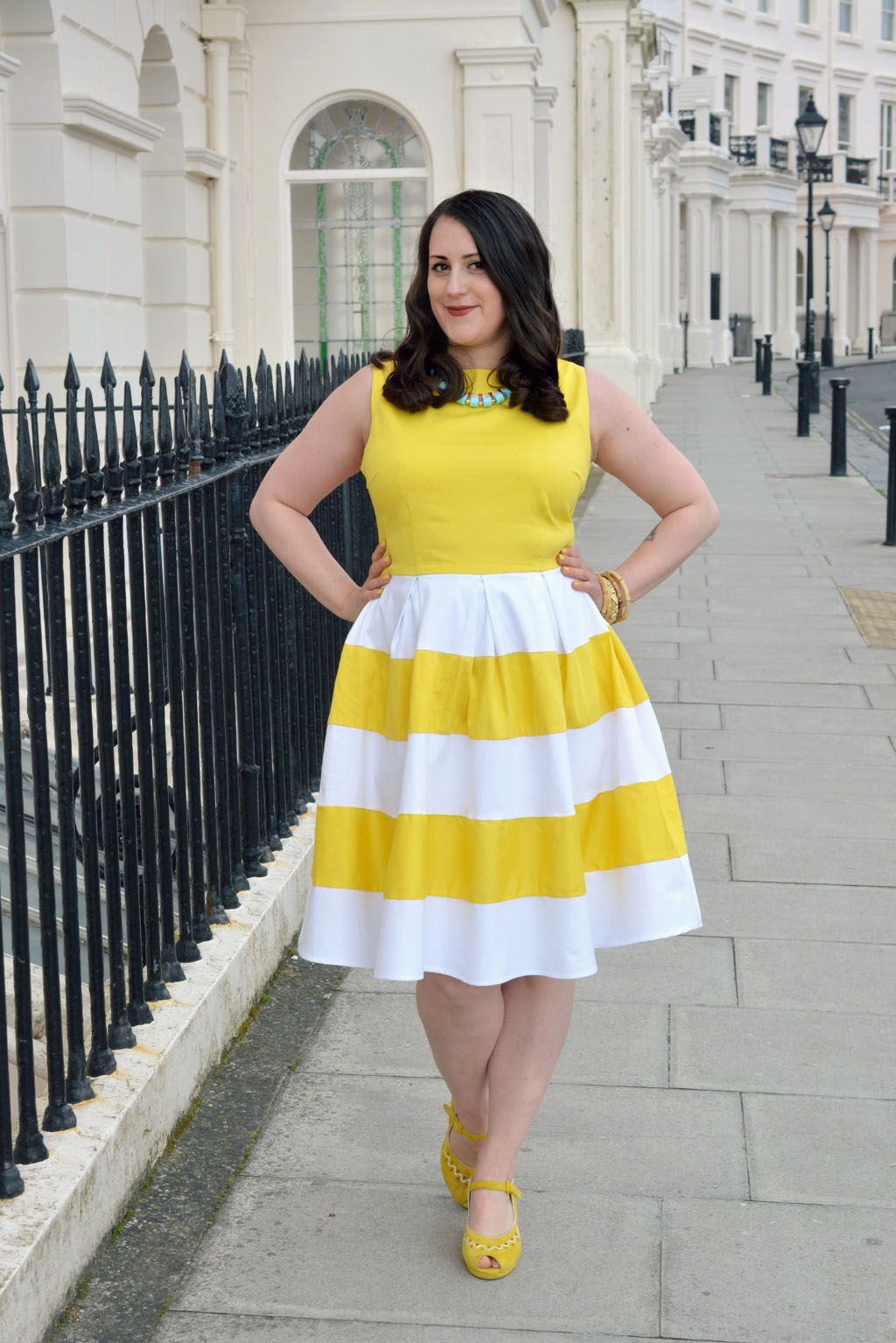 Beautiful yellow dresses this season 37