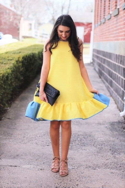 Beautiful yellow dresses this season 39