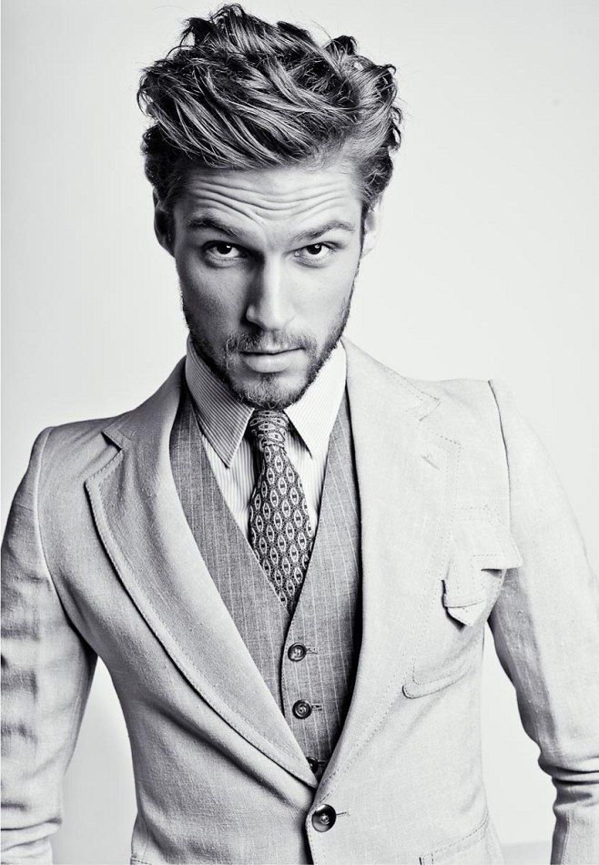 Best Men hairstyle with suits 2018 21