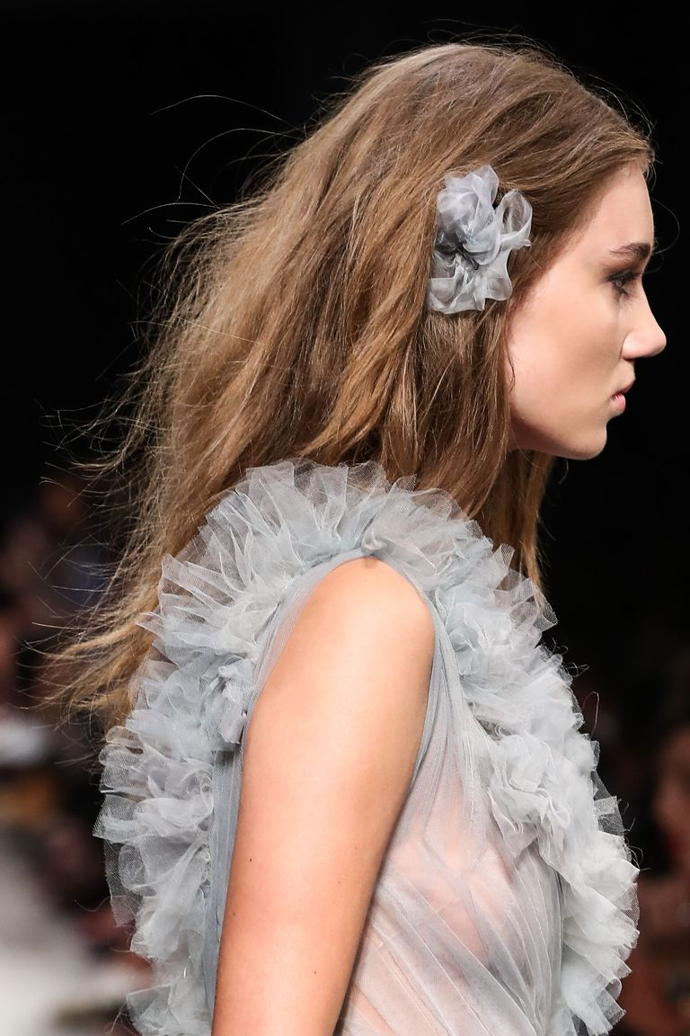 Amazing Floral hair accessories for holidays 2018 25