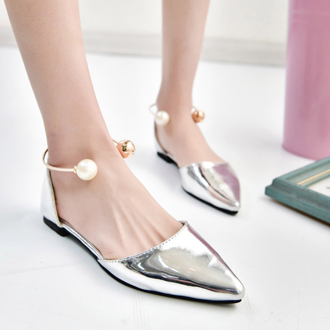 Cute flat footwear for girls 2018 17