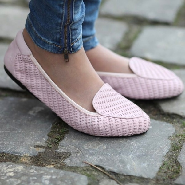 Cute flat footwear for girls 2018 29