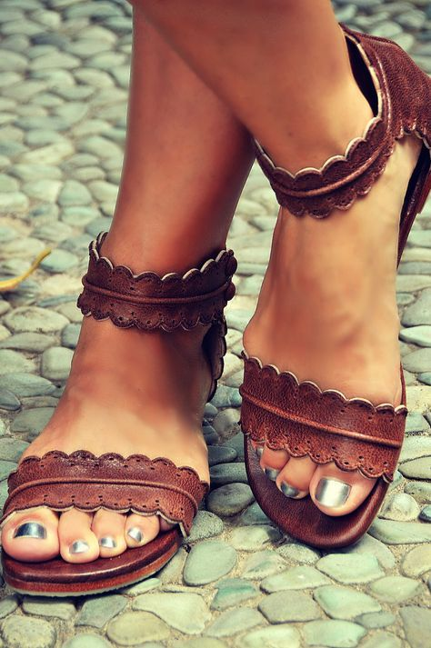 Cute flat footwear for girls 2018 6