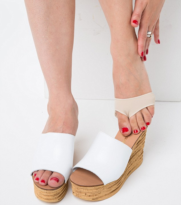 fml-Claire Coleman 'Breaking in Summer Sandals'-24.jpg