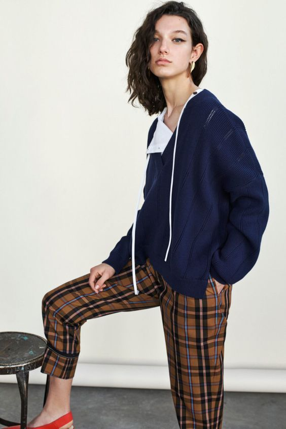 Lovely Fall Outfit for Women 2018 14