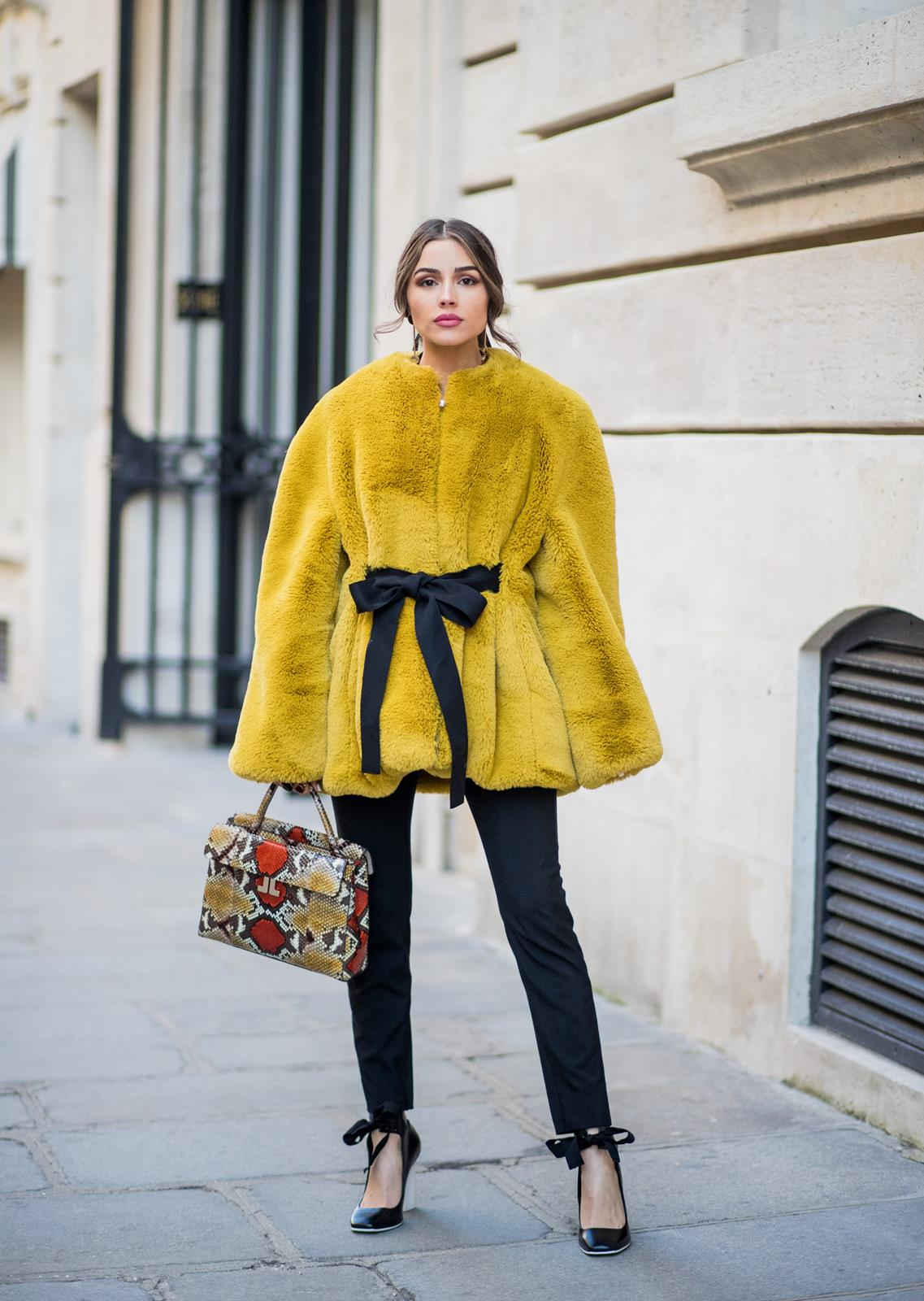 Lovely Fall Outfit for Women 2018 22