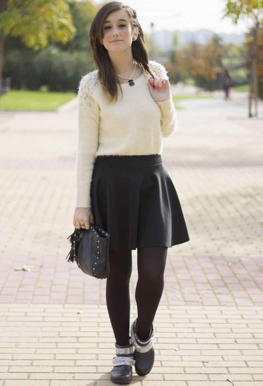 Pretty and stylish outfits for school girls 2018 26