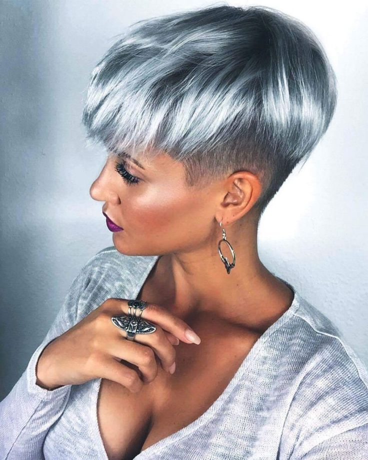 Grey Blue Hair Color Trend For Women 20