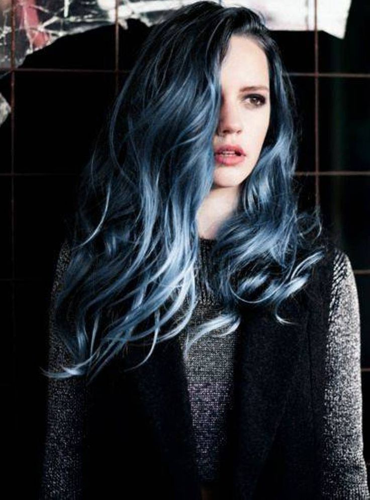 Grey Blue Hair Color Trend For Women 21