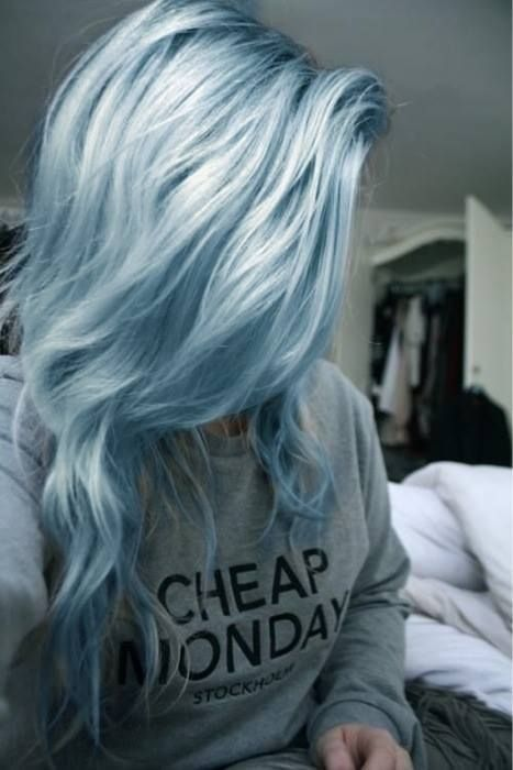 Grey Blue Hair Color Trend For Women 22