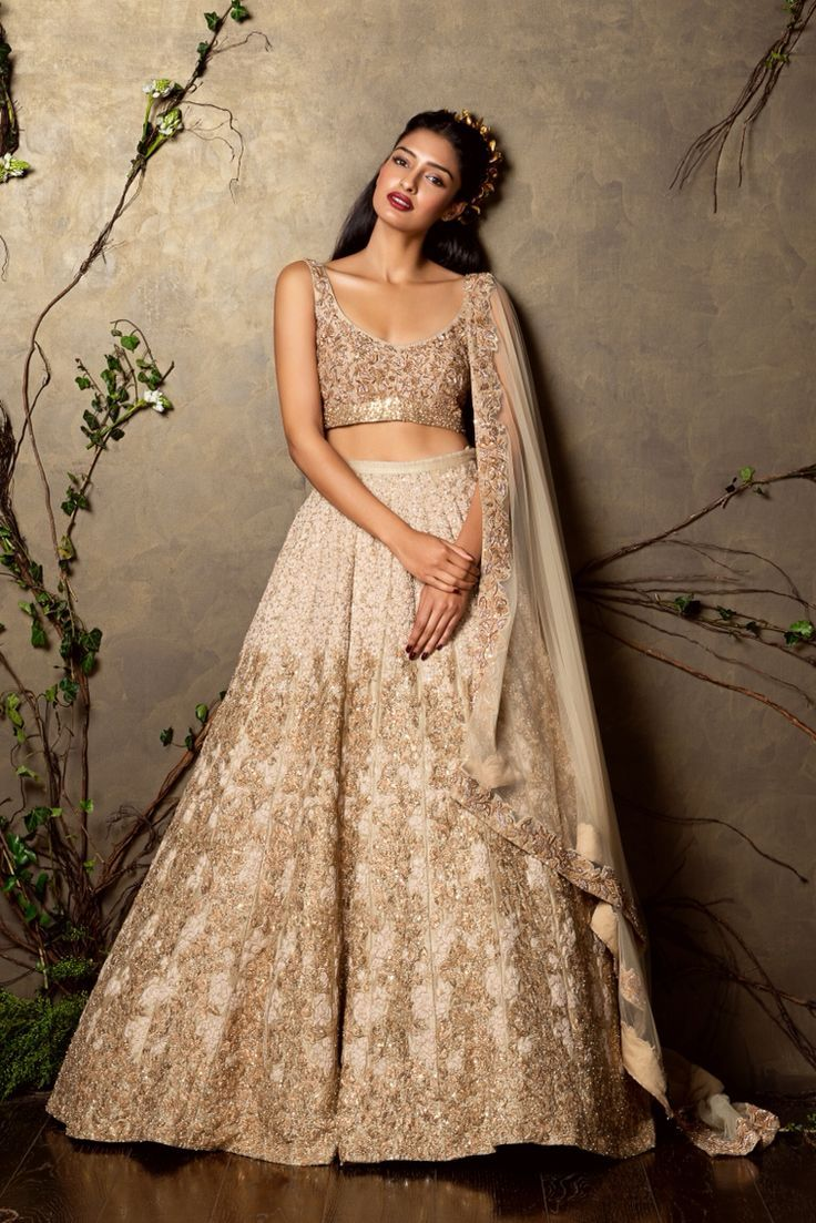 Bridal Outfit ideas for your reception