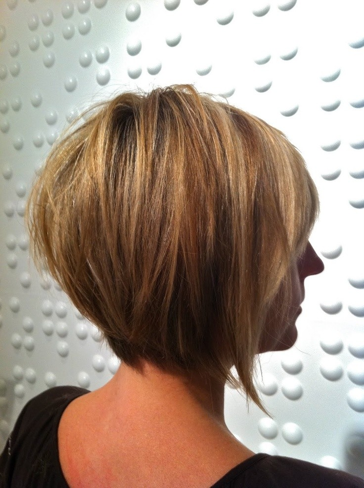 Stylish Inverted Bob Hairstyle Ideas for Women 13