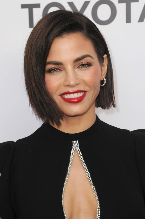 Stylish Inverted Bob Hairstyle Ideas for Women 14