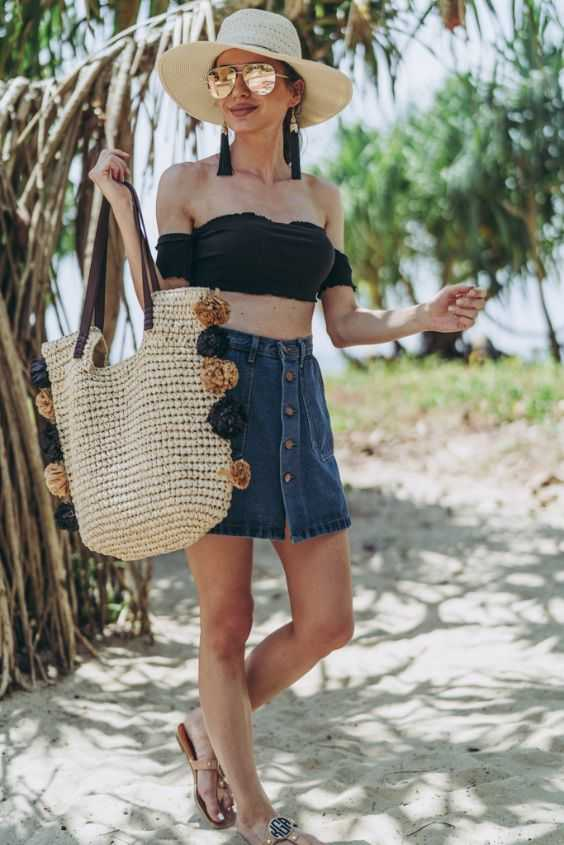 Gorgeous Beach Outfit Ideas 17