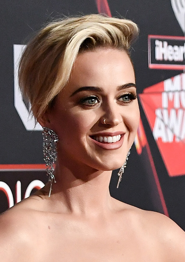 Gorgeous Katy Perry Hairstyles 19