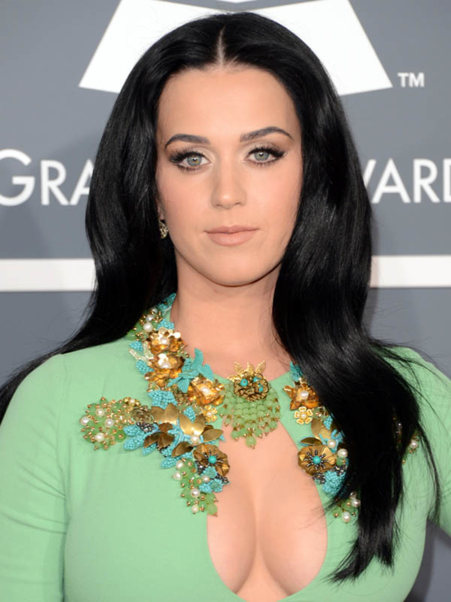 Gorgeous Katy Perry Hairstyles 3