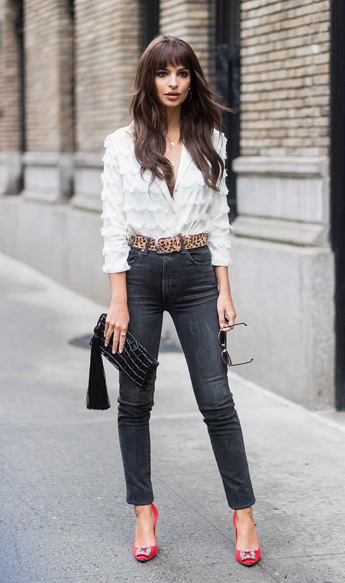 New Trendy Black Jeans Outfits Ideas For Women 14