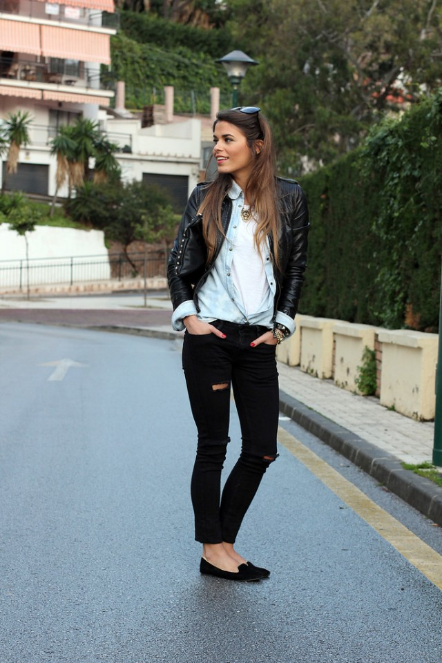 New Trendy Black Jeans Outfits Ideas For Women 15